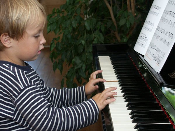 COME FOR FUN AND EXCITING PIANO GAMES LESSONS!