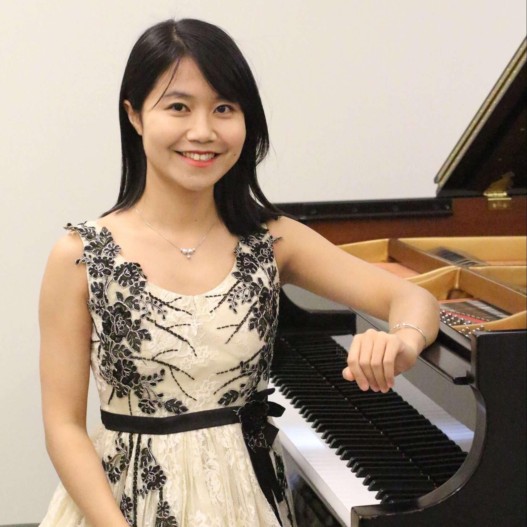 Cindy Huang piano
